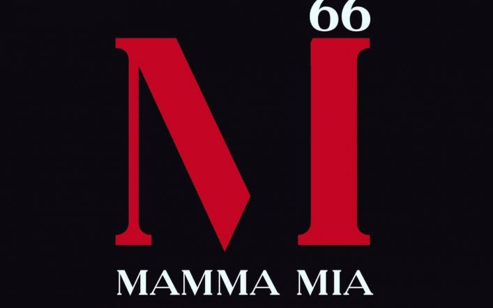 Wow, la pizza alla Pizzeria Mamma Mia 66 è incredibile!