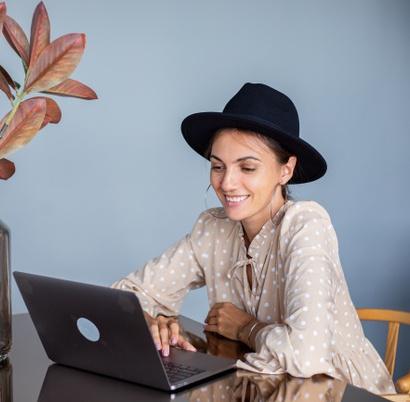 """L'App """"Smart Networking Online"""" per conoscere persone straordinarie"""