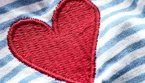 Ai tempi del Covid, l'amore corre sui siti di dating. Accessi aumentati del 15% in un mese