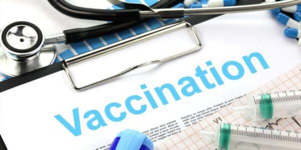 Un possibile effetto collaterale del vaccino Moderna dopo la sua somministrazione