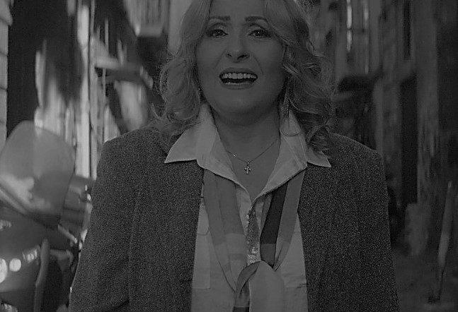 """Raffaella De Simone ritorna con un nuovo inedito: """"M""""e fatto turnà a nascere"""""""