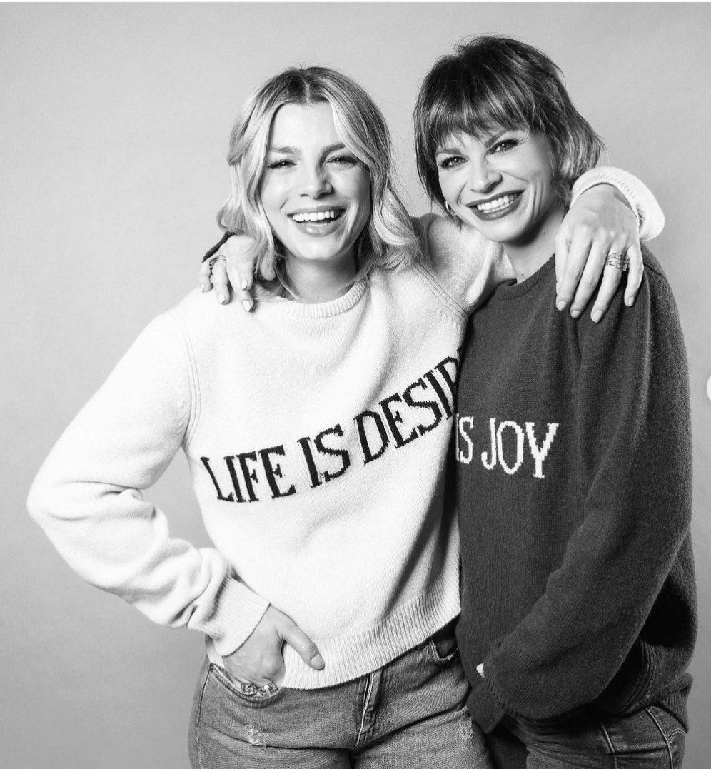 """Con un amicizia sincera Emma e Alessandra Amoroso insieme nel loro ultimo progetto musicale: """"Pezzo di cuore"""""""