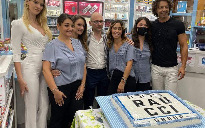 """""""Raucci Group IQOS partner"""" inaugura un nuovo defibrillatore"""
