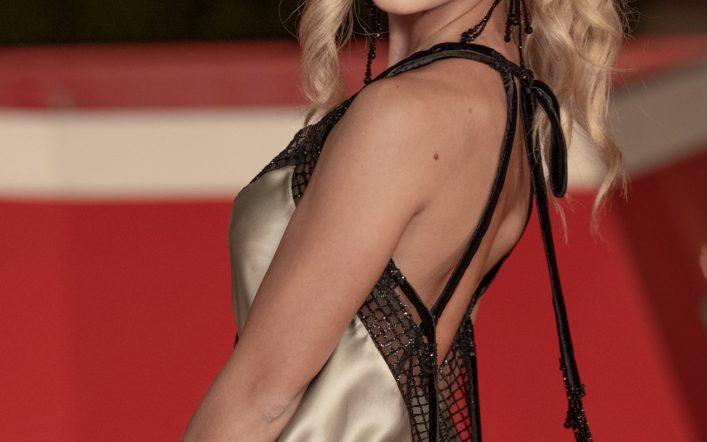 Tanya La Gatta, la bella del red carpet della Festa del Cinema di Roma